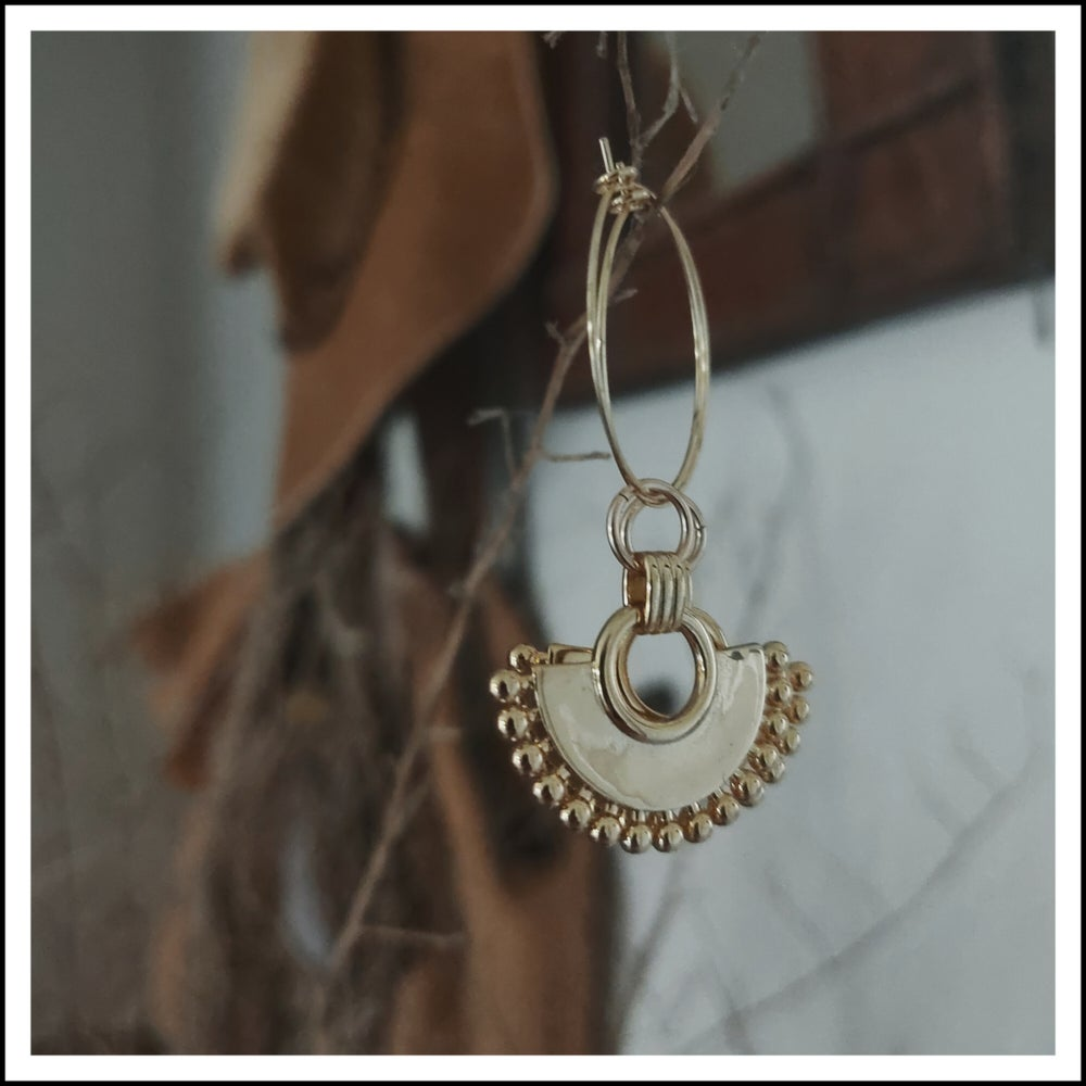 Image of Aphrodite Hoops
