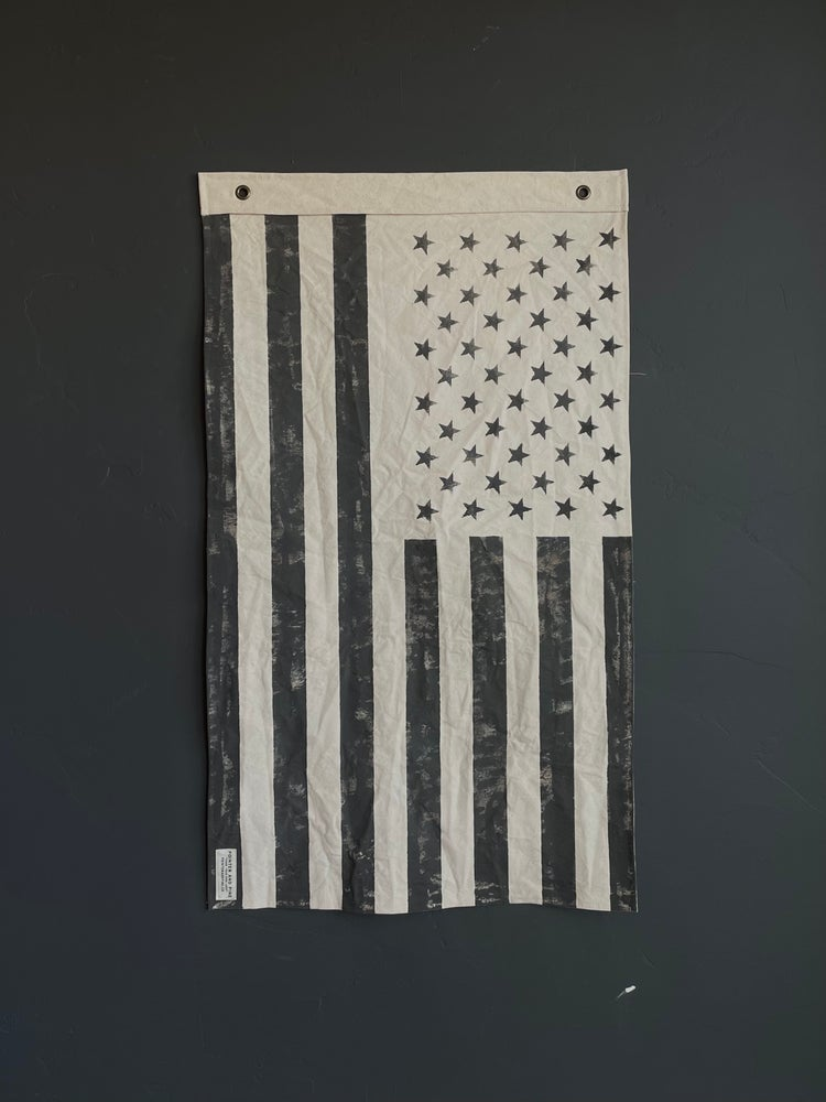 Image of  NATURAL AMERICAN FLAG