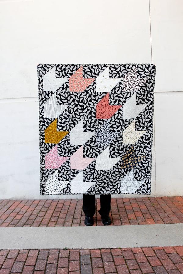 Image of THROWING DARTS PDF Quilt Pattern