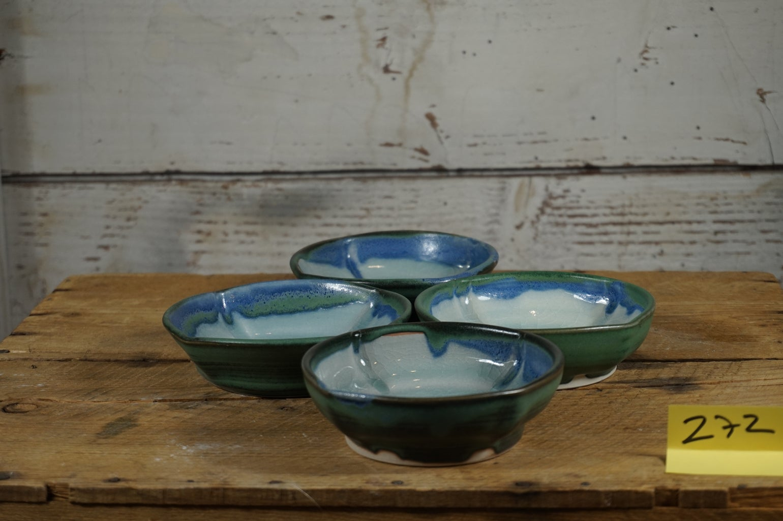 Image of Medium green cat bowls, set of 4