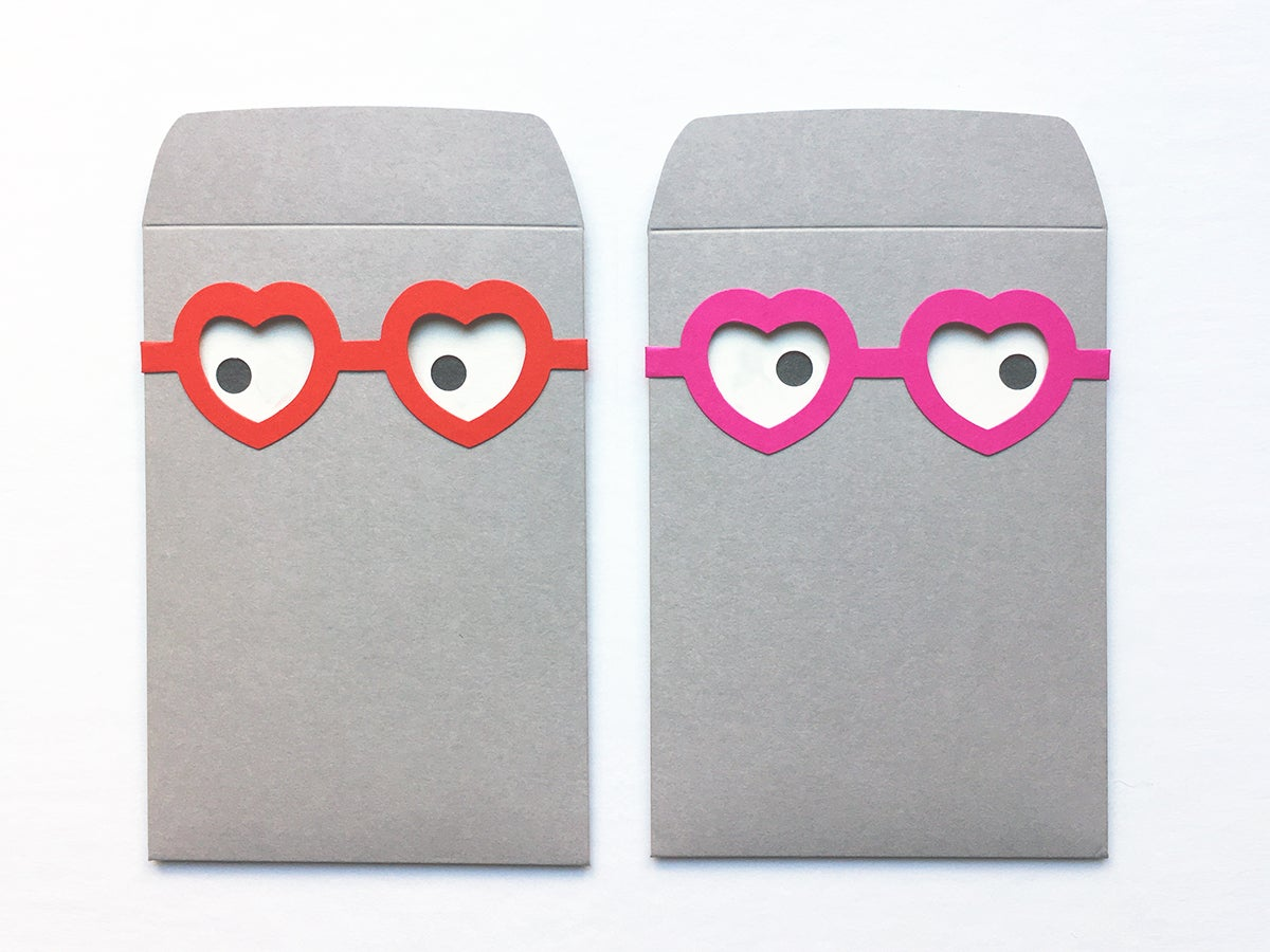 Image of 2 x the villa envelope and its heart glasses