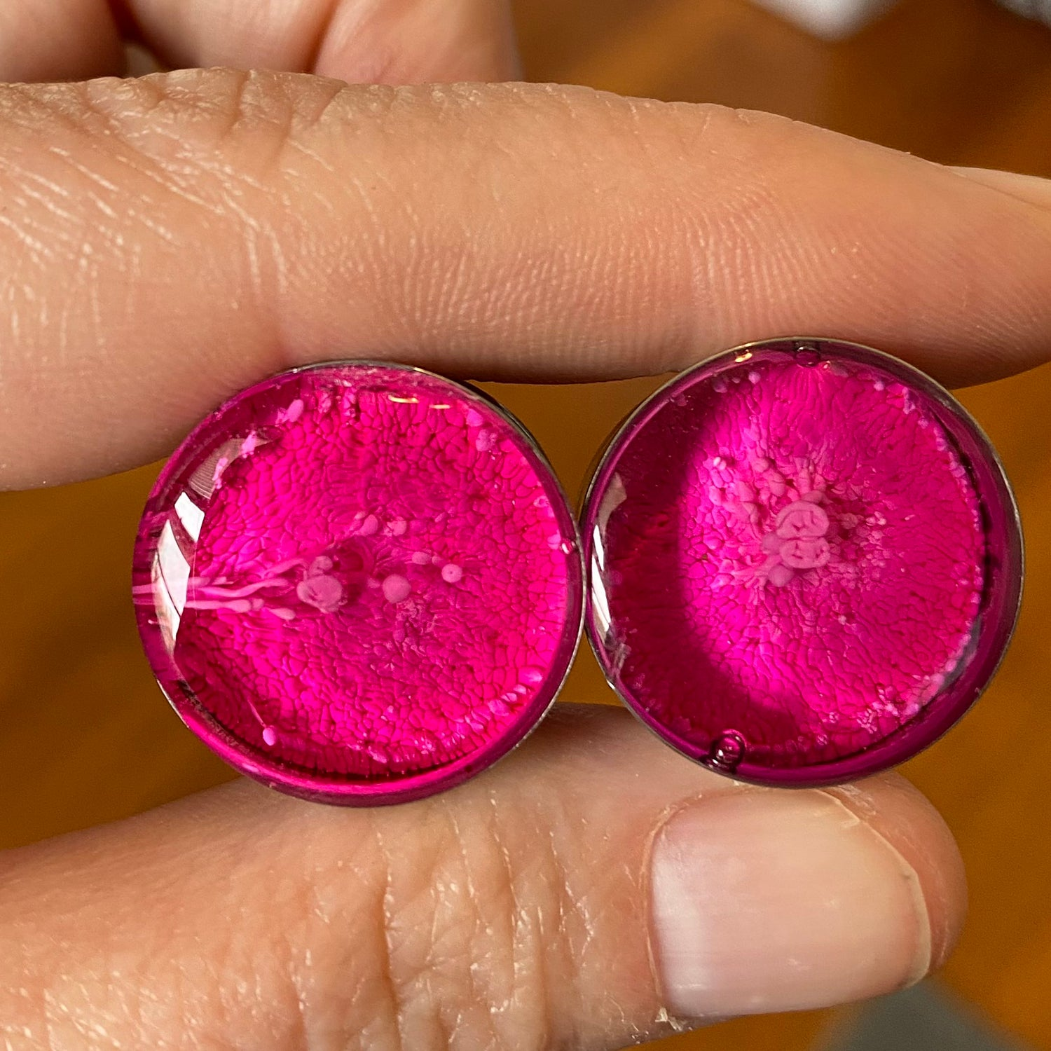 Image of 3/4 Hot Pinky Inky Plugs
