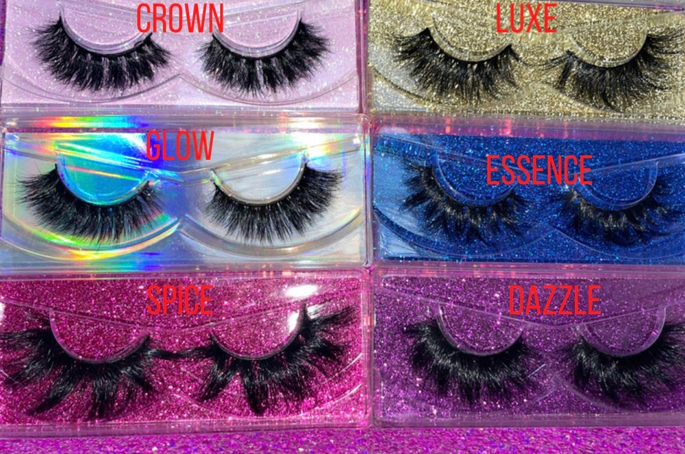 Image of DESIGN(HER) LASHES