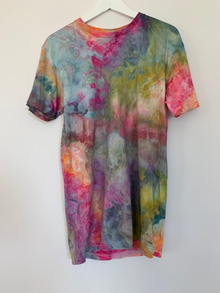 Image of Tie Dye M 1 of 1 (All Summer)