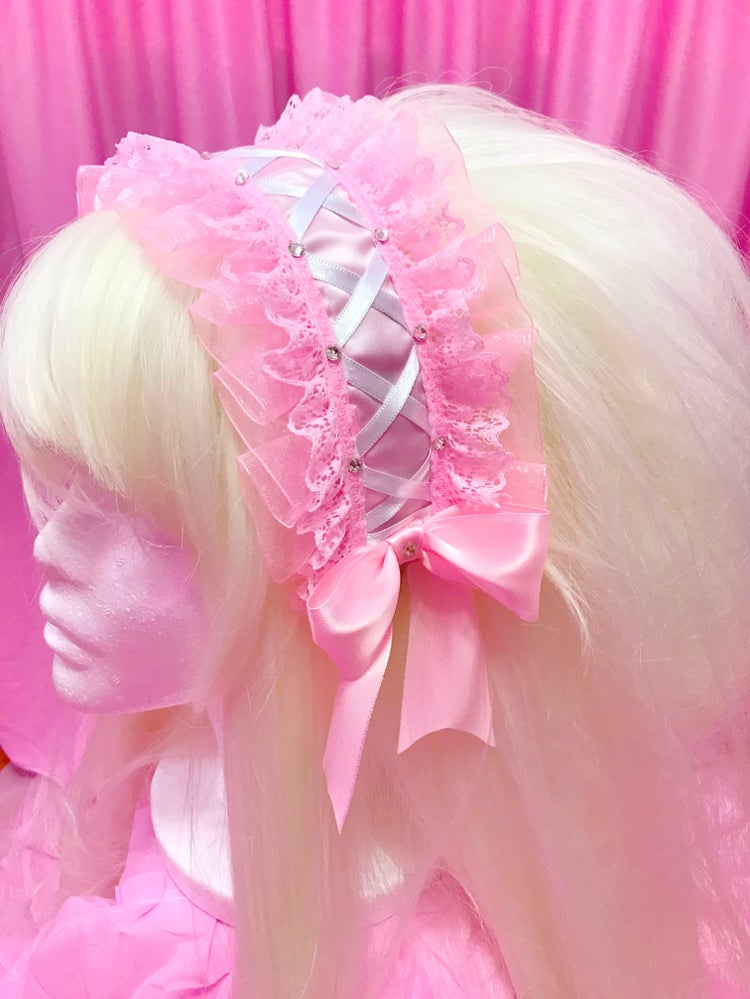 Image of Prissy Babydoll Headdress