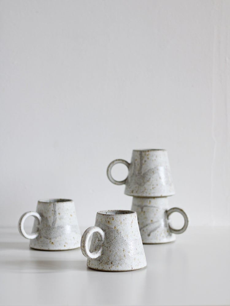 Image of tall mug (clouds)