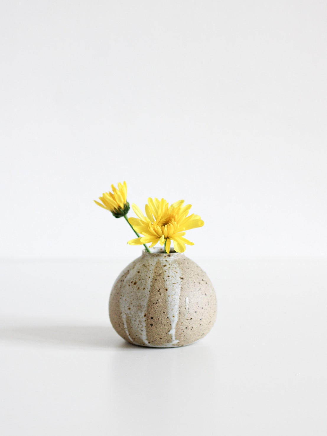 Image of small vase 11
