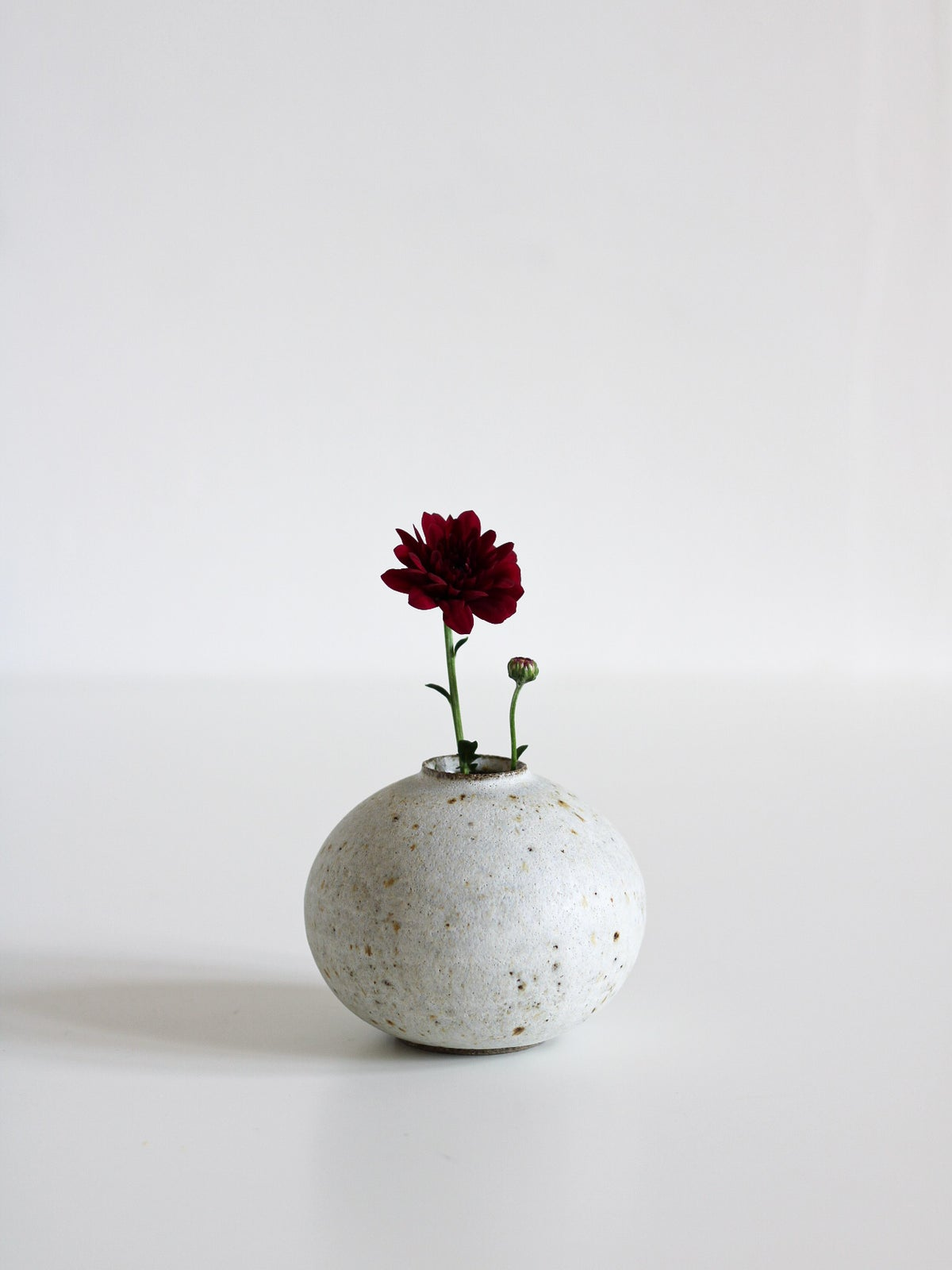 Image of small vase 13