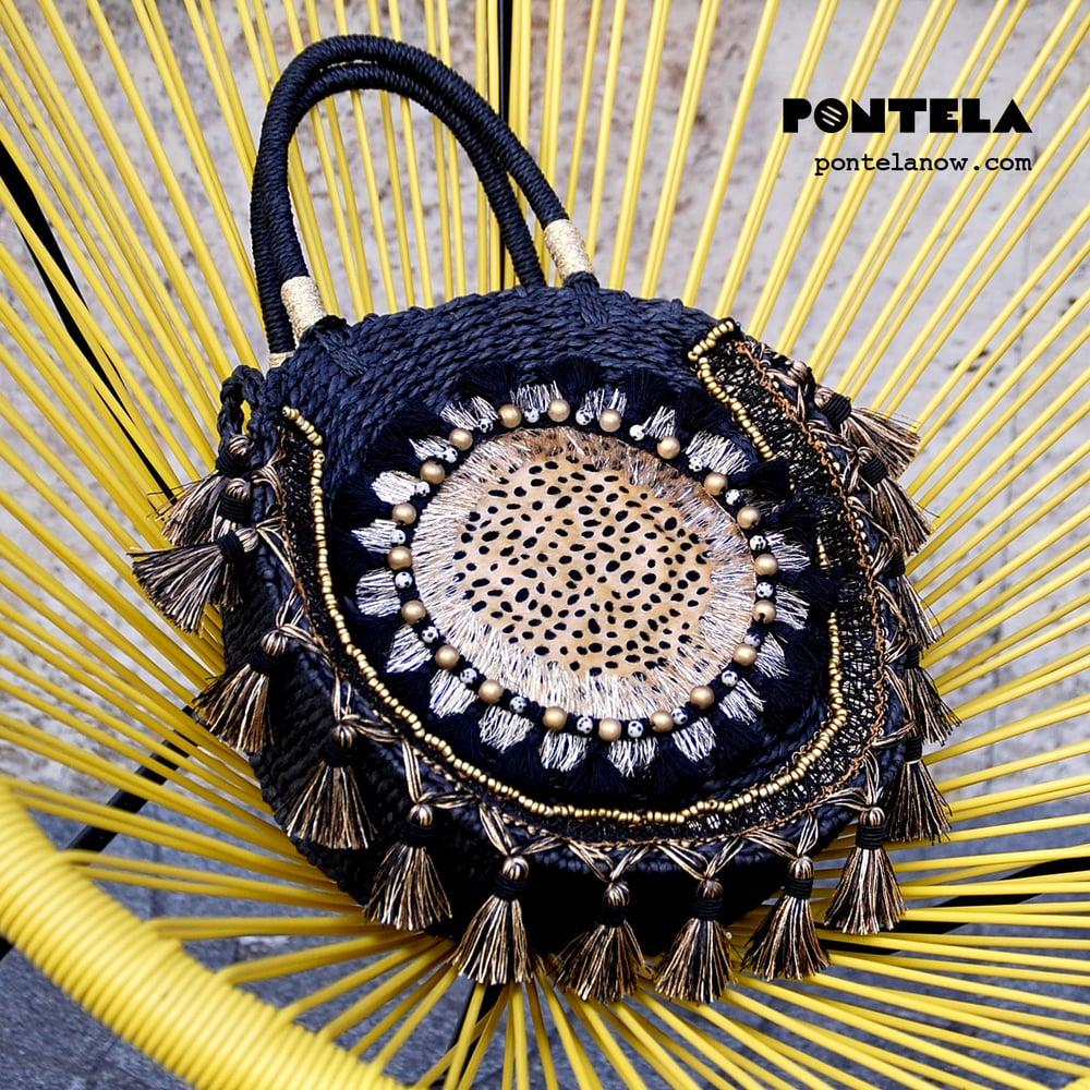 Image of SAVANNA Handbag