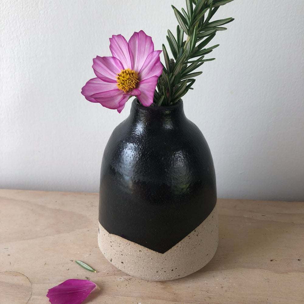 Image of Bud vase 1