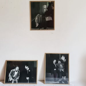 Ancienne photographie de clown triste N&B 30x40 cm (2)