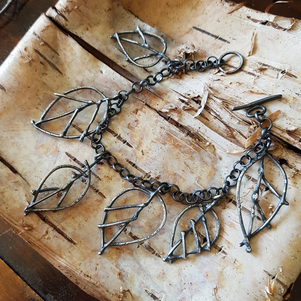 Image of Shining Leaf Bracelet