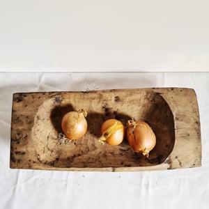 Coupe en bois sculpté auge à pétrir artisanale 52 cm