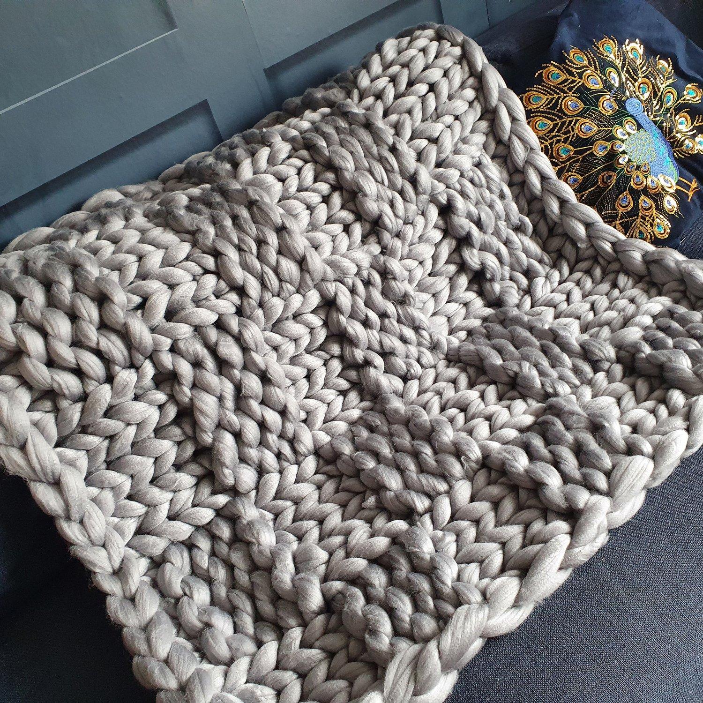 Image of Silver grey chunky wool lap blanket
