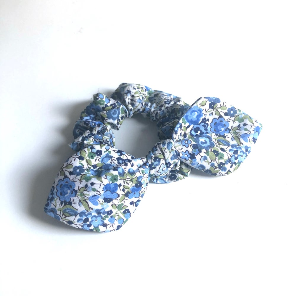 Image of Liberty Knot Bow Scrunchie #2