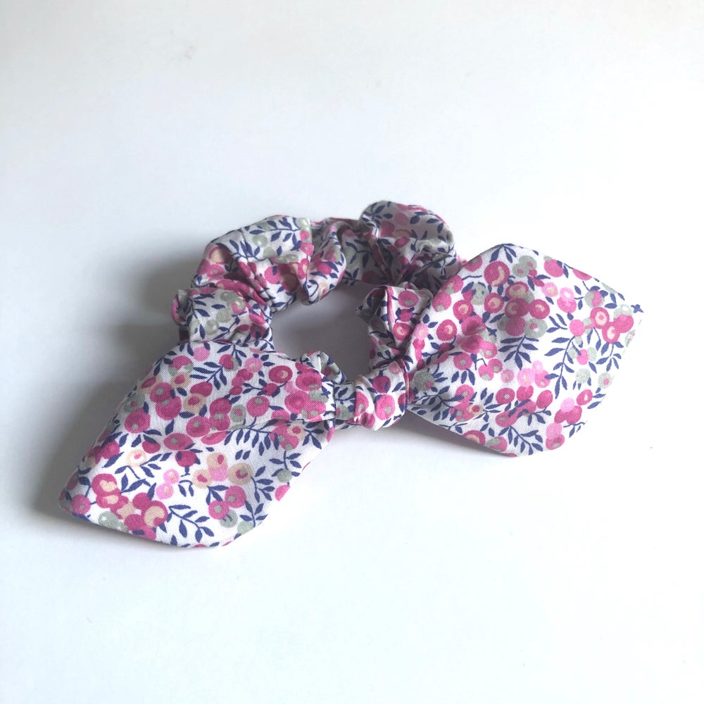 Image of Liberty Knot Bow Scrunchie #4