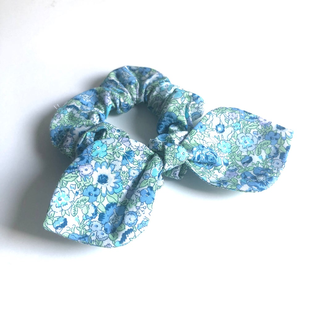 Image of Liberty Knot Bow Scrunchie #6