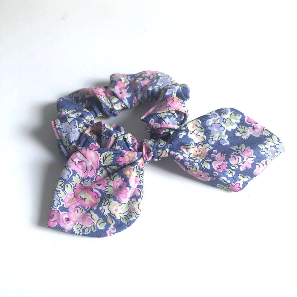 Image of Liberty Knot Bow Scrunchie #7