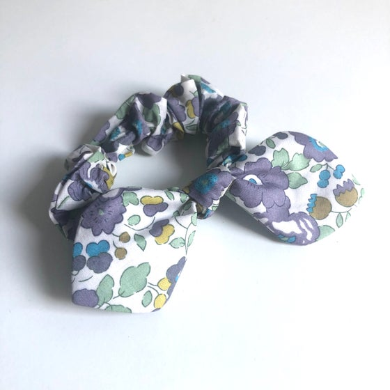 Image of Liberty Knot Bow Scrunchie #8