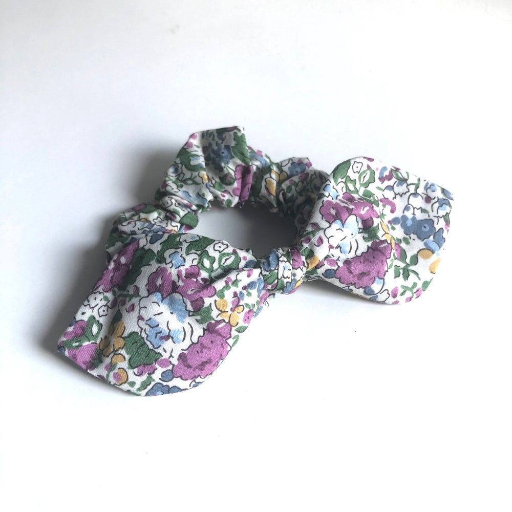 Image of Liberty Knot Bow Scrunchie #12