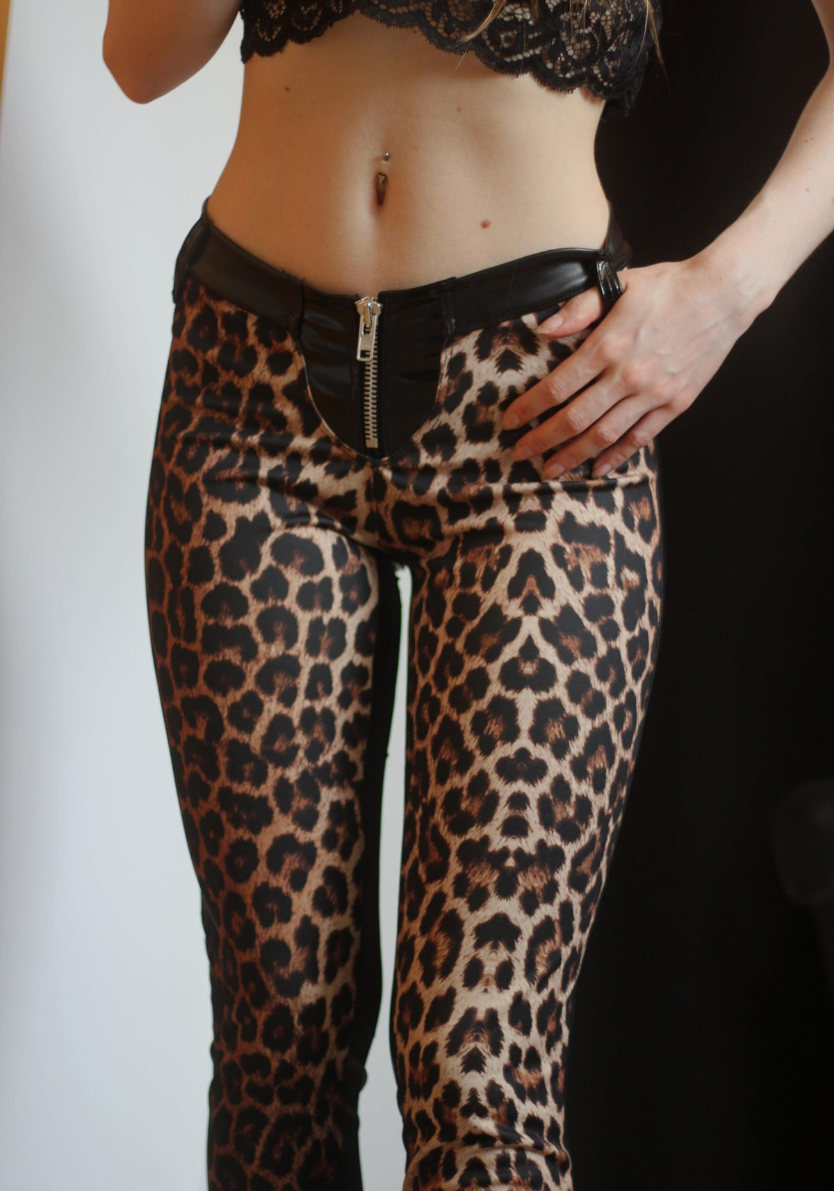Image of MADE TO ORDER - KULTCHEN PREDATOR HEAVY ZIPPER PANTS (Size XS  - XL)