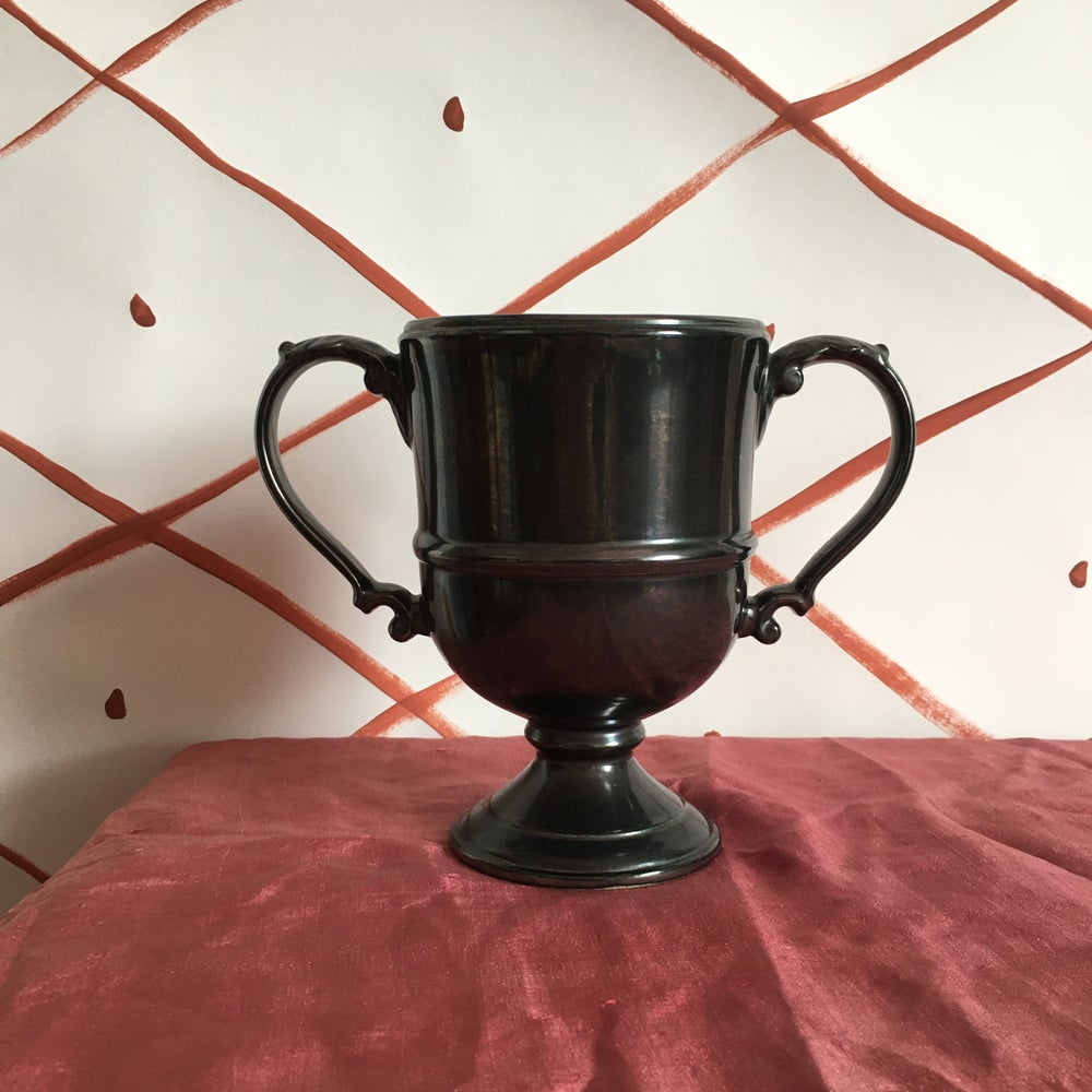 Image of Beswick trophy with handles