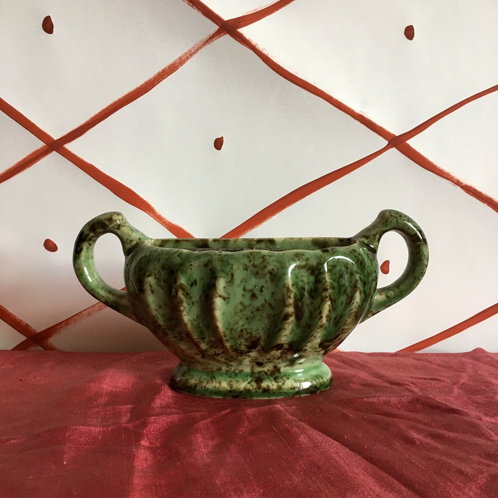 Image of Mottled green and black mantle vase