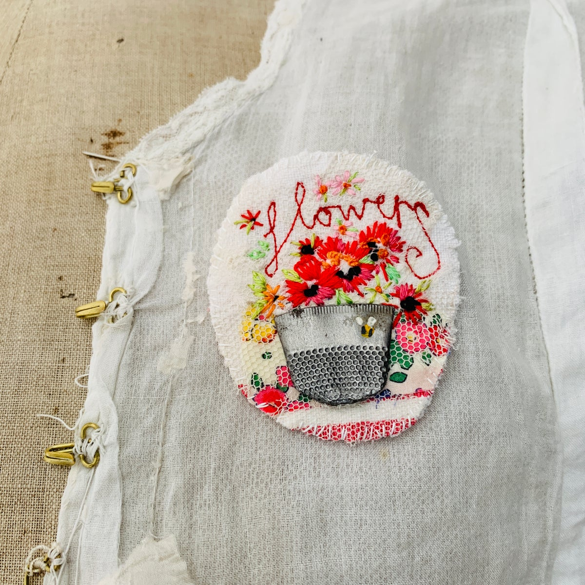 Image of Brooch - Thimble vase of hand embroidered flowers with Bee M6