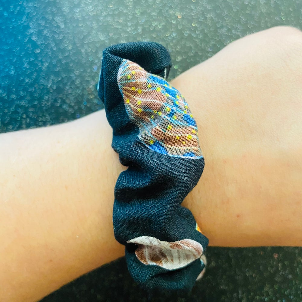 Image of Planetary Scrunchie