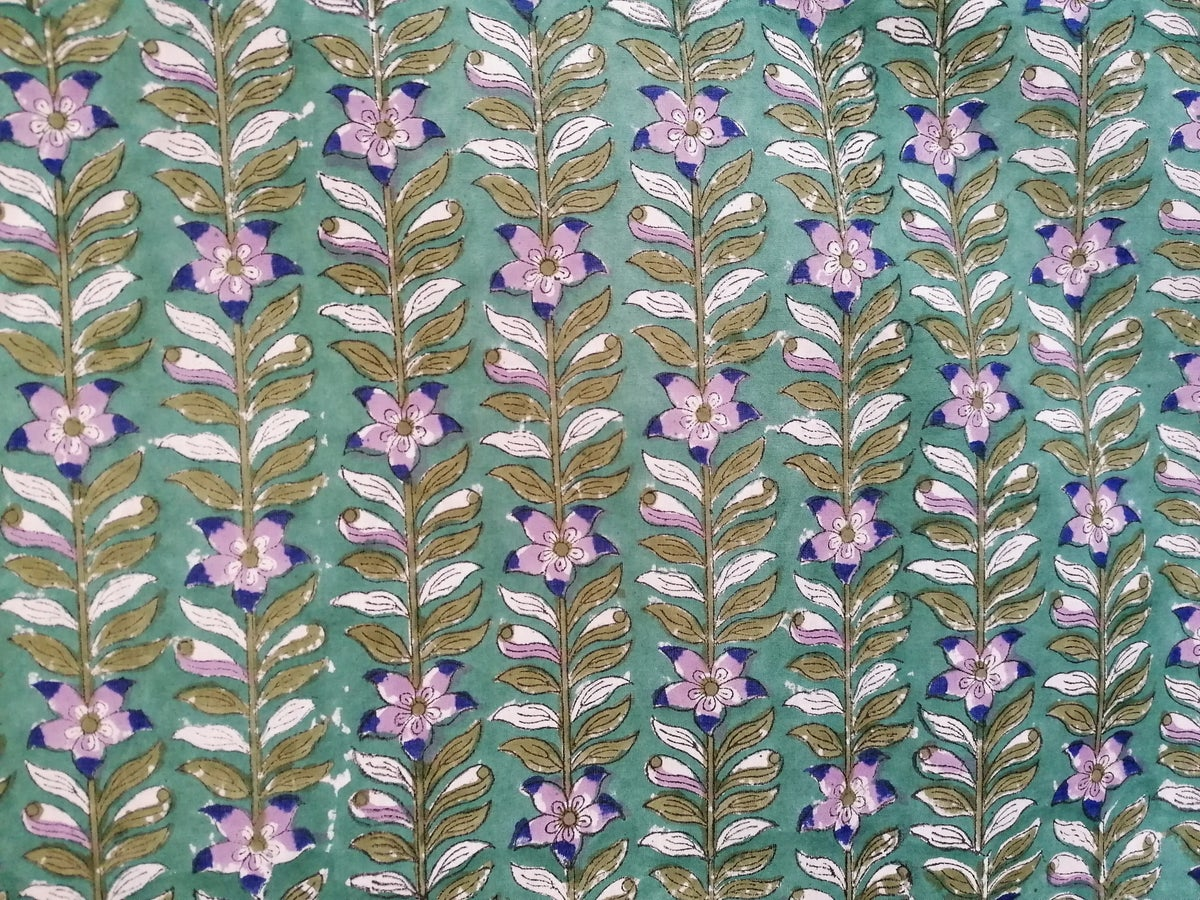 Image of Namasté fabric clématite fond vert