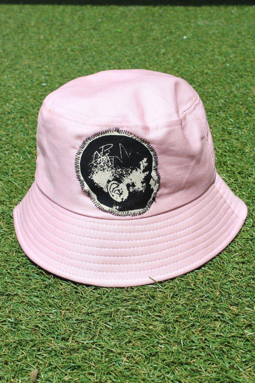 masterminds bucket hat in pink