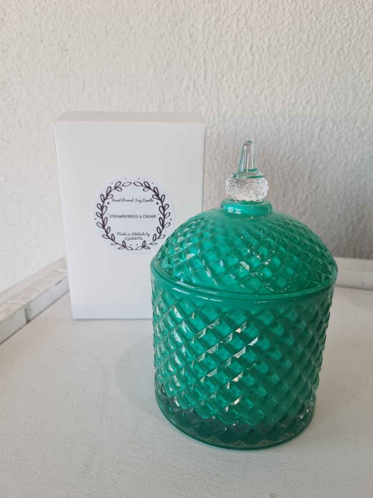 Image of Tiffany Blue Cupola natural Soy candle.