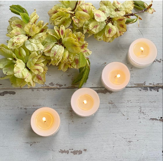 Image of Scented Soy Wax Tealights - Set of 4 ☆