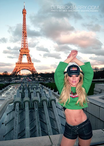 """Image of Derrick Barry Signed 5""""x7"""" Paris Photo by Nick San Pedro"""