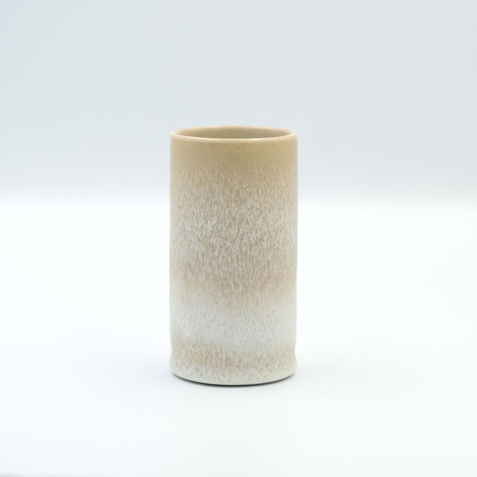Image of MINI CYLINDER IN EARTH WHITE GLAZE