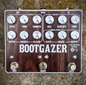 Bootgazer