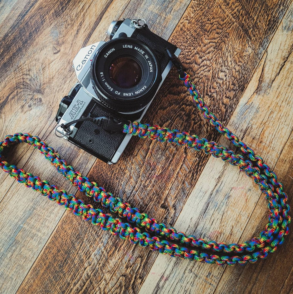 Image of Paracord camera shoulder strap with quick release buckle attachments