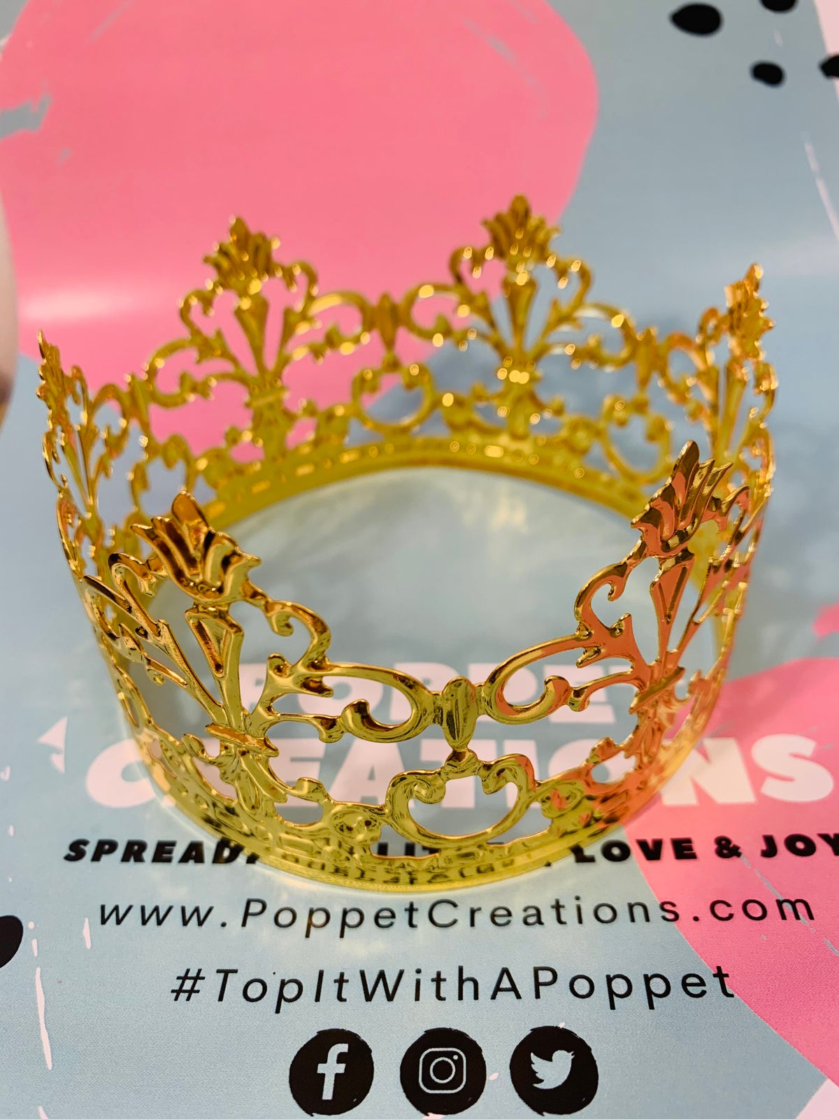 Image of Gold mini crown