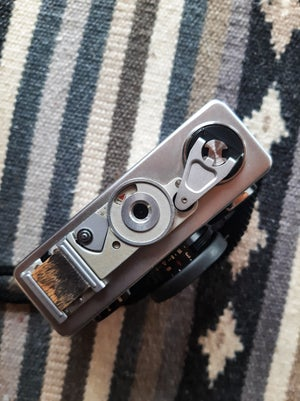 Image of MINT Rollei 35 w/ Carl Zeiss Tessar 40mm f/3.5 + extras
