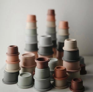 Image of Stacking cups - Original