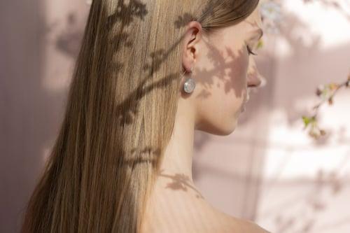 "Image of ""Spring / Sakura"" silver earrings with rose quartz · 春 桜 ·"