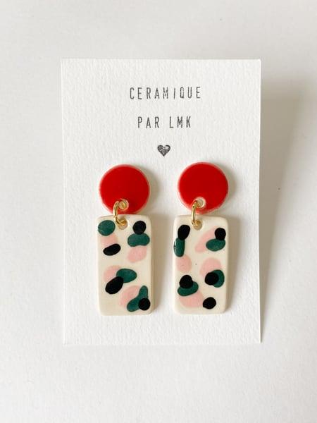 Image of Paire de boucles d'oreilles céramique TOTEM RECTANGULA PM rouge / noir / canard / rose
