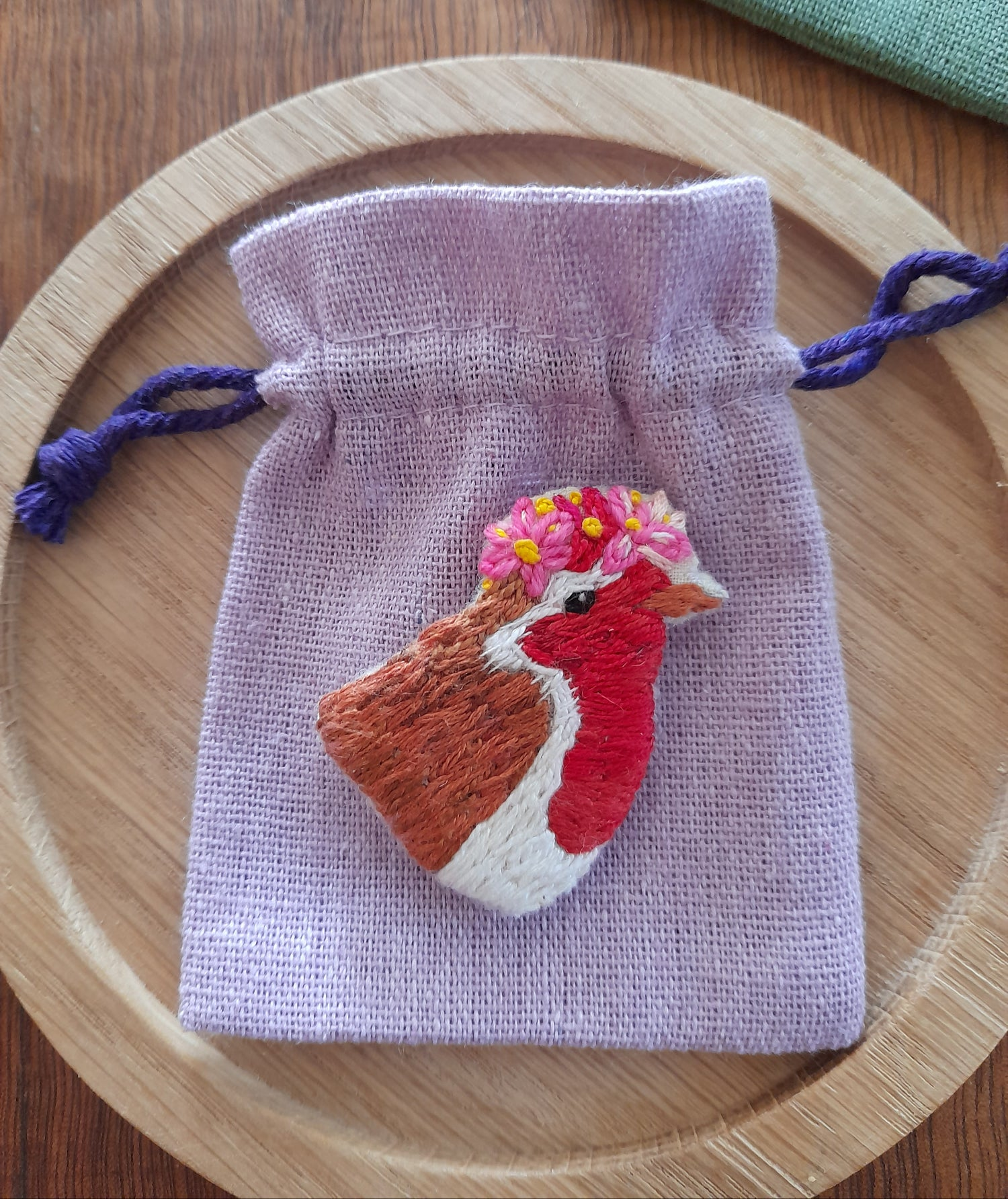 Image of Robin Hand Embroidered Brooch