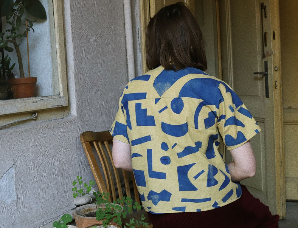 Image of STENCIL SHAPES SHIRT