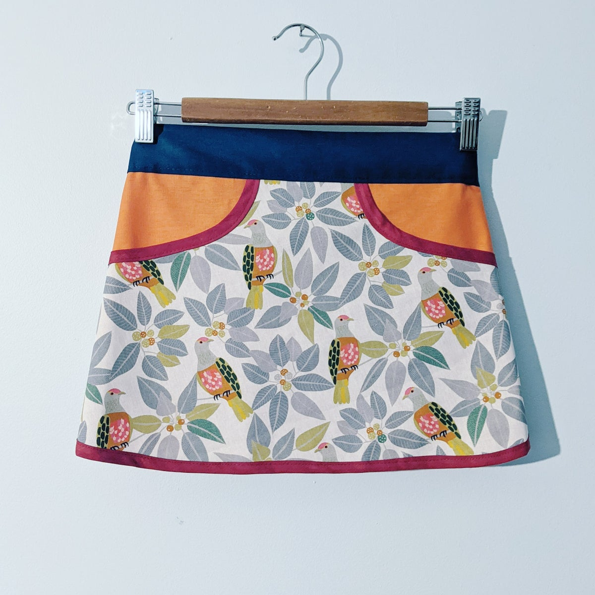 Image of Forager Apron - Fruit Dove