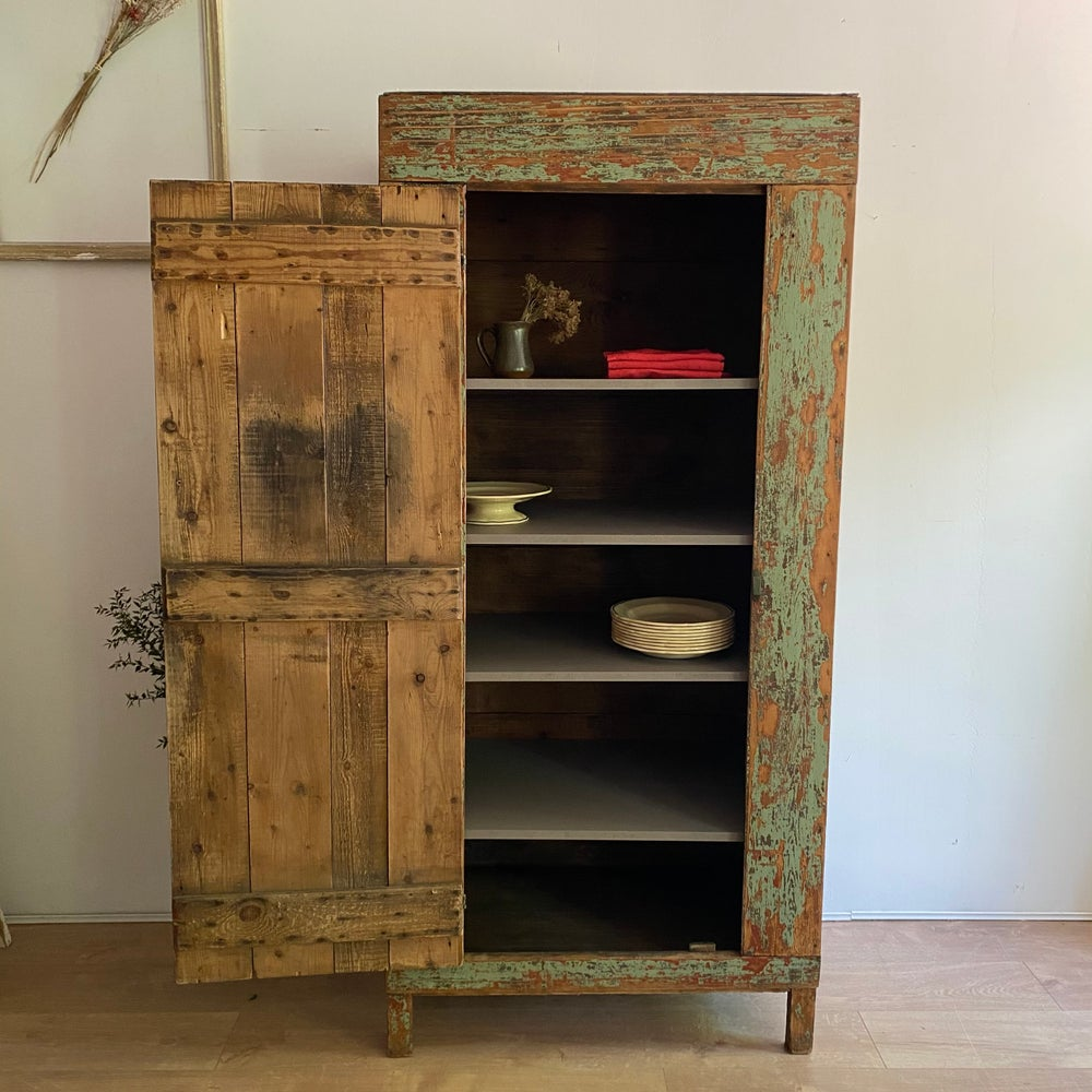 Image of Armoire patinée #502