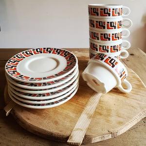 Anciennes tasses et sous tasses de restaurant 6 pièces 1970