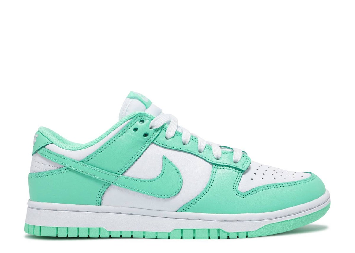 Image of WMNS DUNK LOW 'GREEN GLOW'