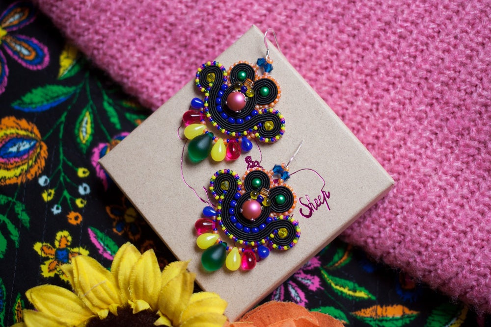 Image of Mini Earrings - Edition Pearl - Pool Party - Petites boucles brodées