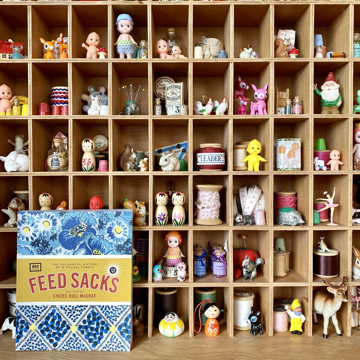 Image of Feed Sacks: The Colourful History of a Frugal Fabric